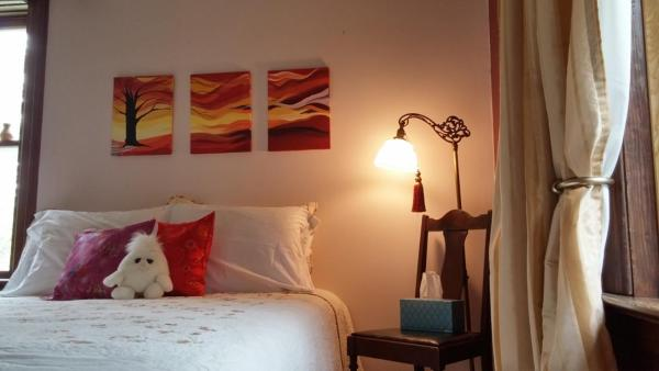 Hotel Pictures: Calder House - Retreats, Teachings & Therapies, Steinbach