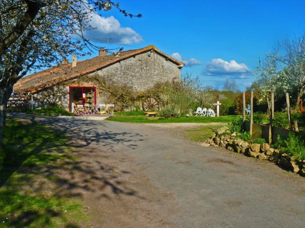 Hotel Pictures: , Saint-Aubin-le-Cloud