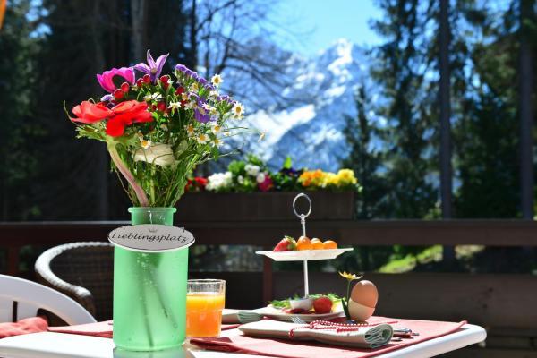 Fotos de l'hotel: Tanneneck Hotel Garni, Hirschegg
