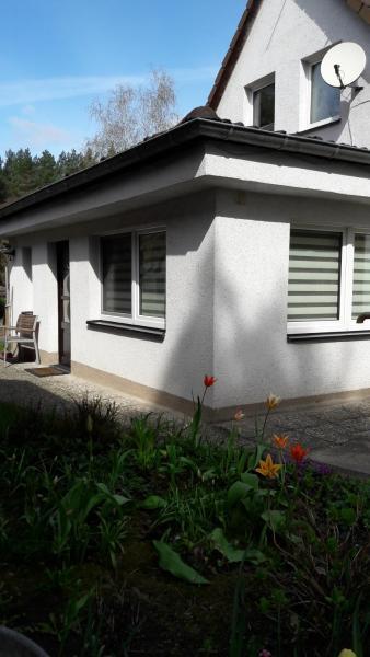 Hotel Pictures: Ferienhaus im Grünen/Monteurzimmer, Oranienburg