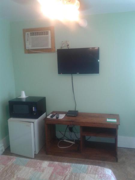 Hotel Pictures: Mile Inn Motel, Wiarton