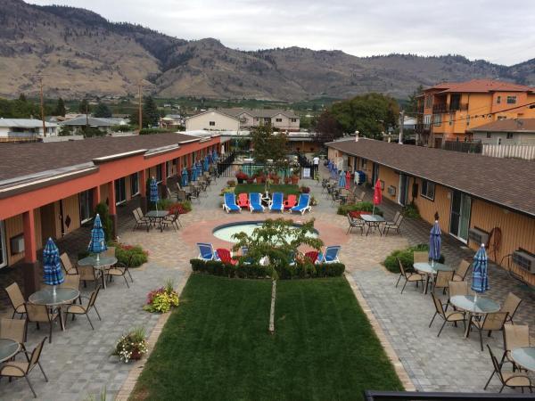 Hotel Pictures: Sahara Courtyard Inn Osoyoos, Osoyoos