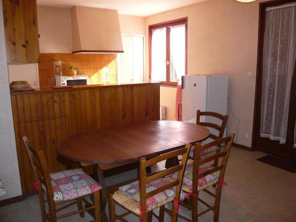 Hotel Pictures: Holiday Home Closeries, Lacanau