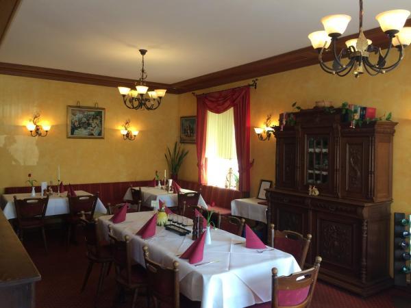 Hotel Pictures: Schloßhotel Raatz, Lieser