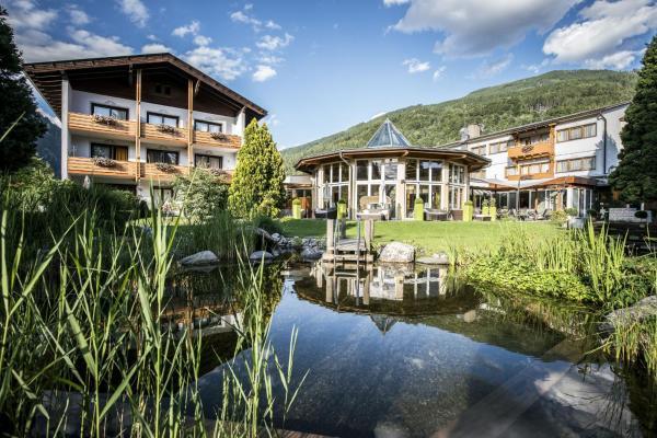 Fotos do Hotel: Ferienhotel Trattnig, Döbriach