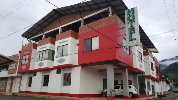 Hotel Pictures: Hotel Calima Plaza, Calima