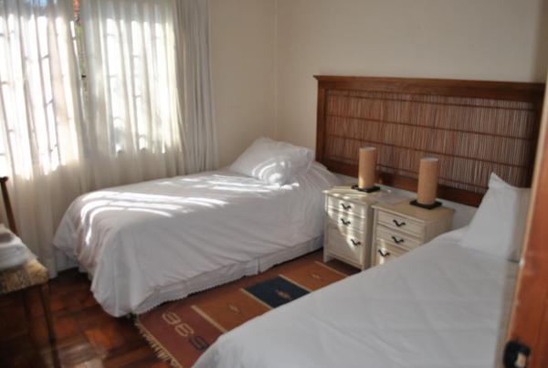 Hotel Pictures: B&B Azaleas, Curicó