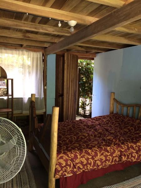 Hotel Pictures: Vida Sana Hostal & Panaderia, Cocles