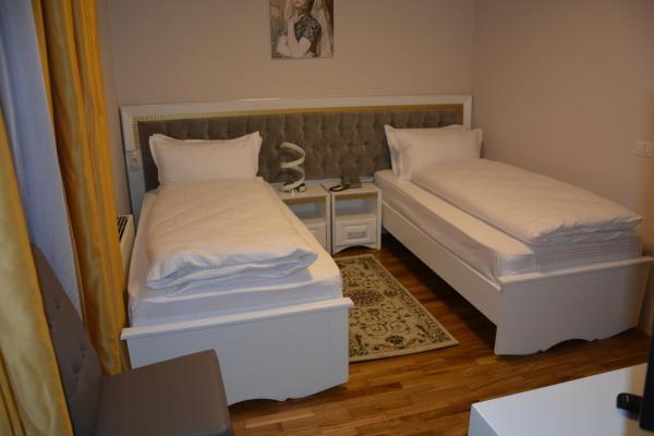 Hotelfoto's: Hotel Turizem Shkelzeni, Bajram Curri
