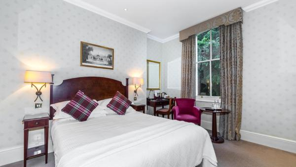 Hotel Pictures: Petersham Hotel, Richmond upon Thames