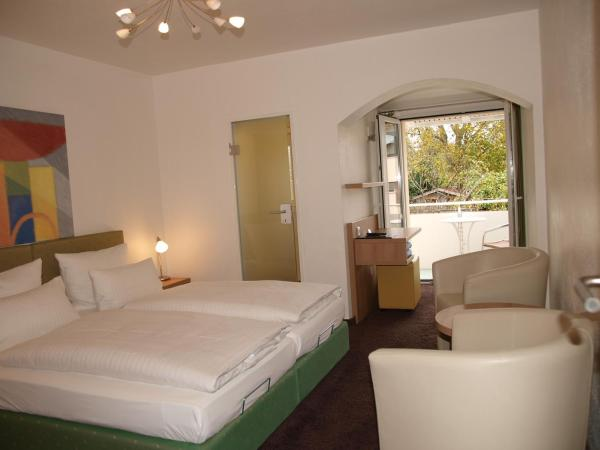 Hotel Pictures: Hotel Alpenblick Garni, Überlingen