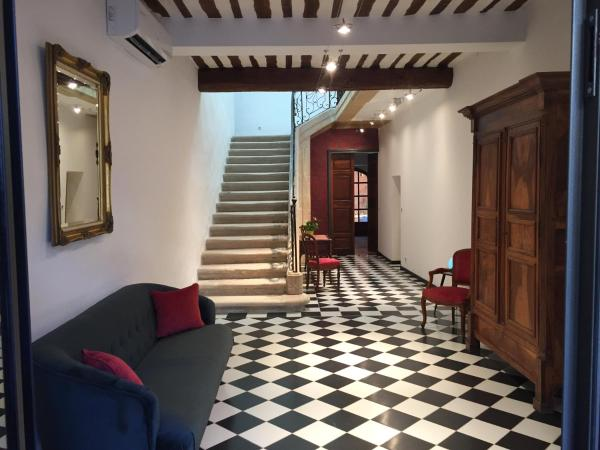 Hotel Pictures: Ancienne Cure, Buis-les-Baronnies