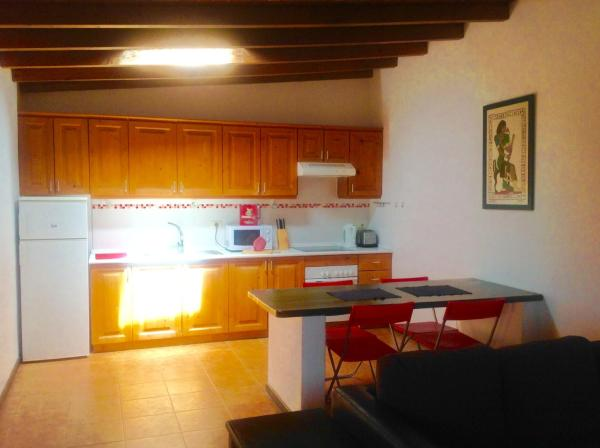 Hotel Pictures: Apartamento El Ancla, Los Abrigos