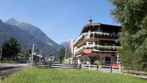 Hotelbilleder: Hotel Landhaus Carla, Mayrhofen