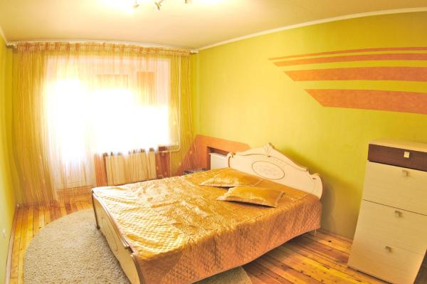 Hotel Pictures: Two-rooms Apartment on 50 Let Octyabrya, Zhodzina