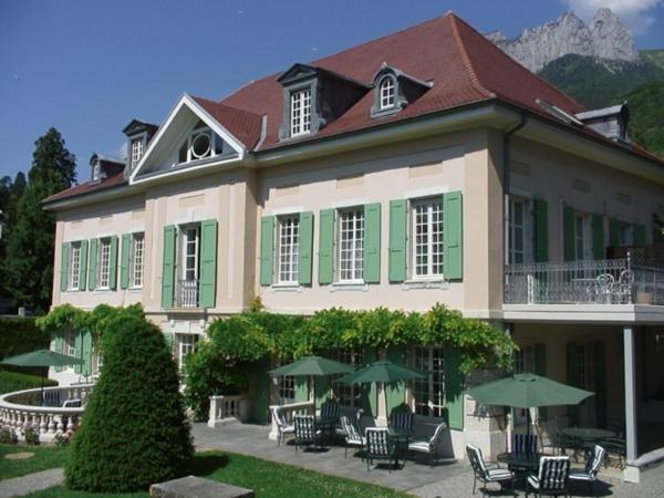Hotel Pictures: La Villa des Roses, Talloires