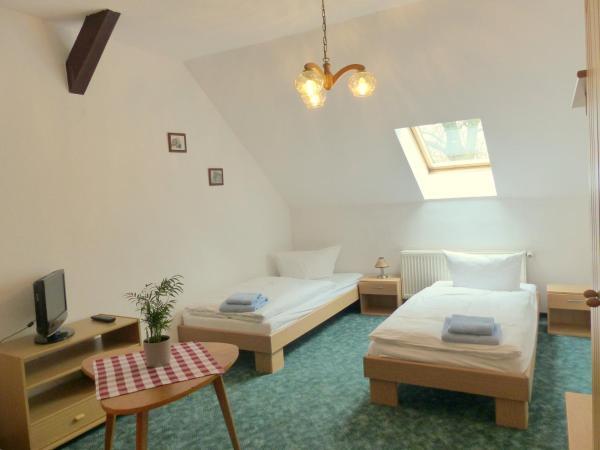 Hotel Pictures: Ferienwohnung Friedchen, Artern