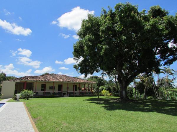 Hotel Pictures: Finca Palma Soriano, Montenegro