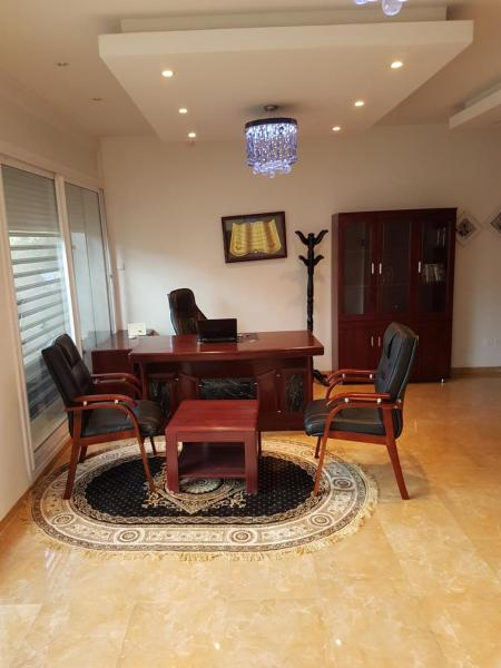 Hotel Pictures: Appartement Hydra, Alger