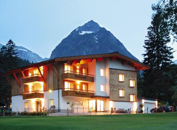 Hotel Pictures: Apart Garni Alpenperle, Pertisau