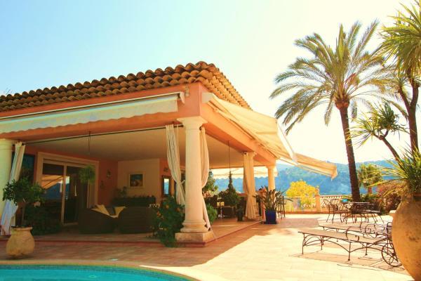 Hotel Pictures: Villa avec piscine, Carros