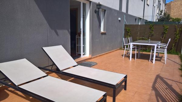 Hotel Pictures: loft cerca de Zaragoza, Lumpiaque