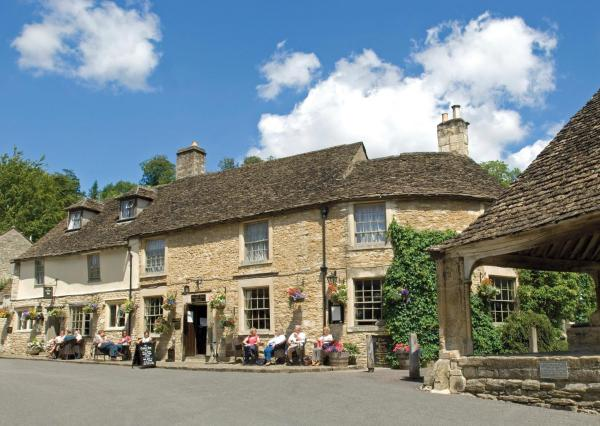 Hotel Pictures: The Castle Inn, Castle Combe