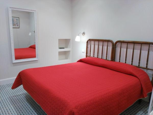 Hotel Pictures: Pension Silene Orotava, La Orotava