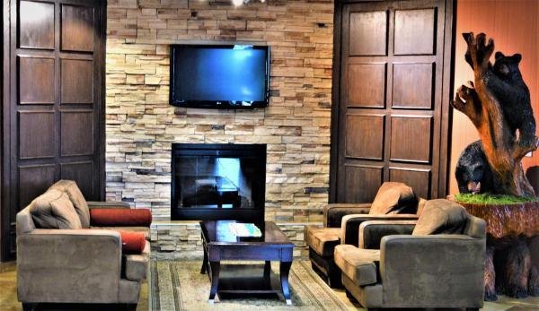 Hotel Pictures: Sigma Inn & Suites Hudson's Hope, Hudson Hope