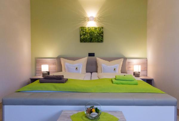 Hotel Pictures: Kräuterhotel Zur Klostergrotte, Nohra