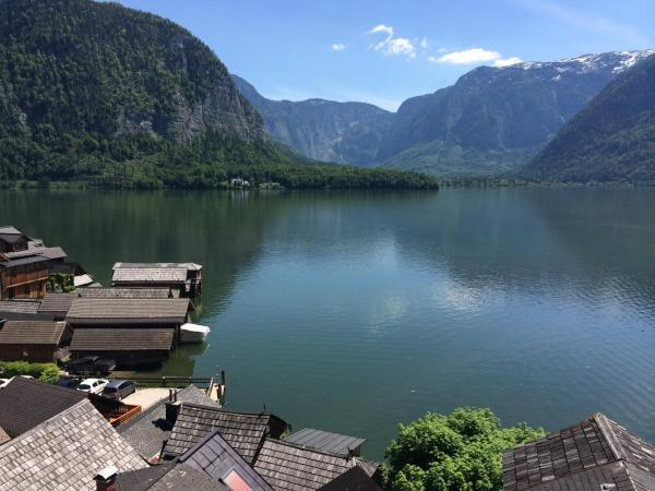 Hotel Pictures: Hallstatt Hideaway - Adults only, Hallstatt