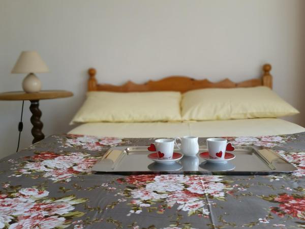 Hotel Pictures: Romantic Apartment, Varna City