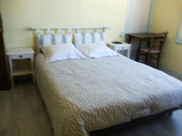 Hotel Pictures: Auberge de Reine Margot, La Tour-d'Auvergne