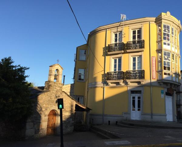 Hotel Pictures: Casa De Vento, Sarria
