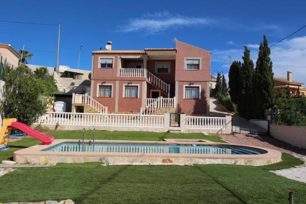 Hotel Pictures: Villa los Patos, Busot