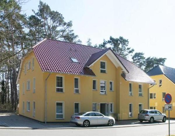 Hotel Pictures: 06_Zum Sonnenstrand 4, Kolpinsee