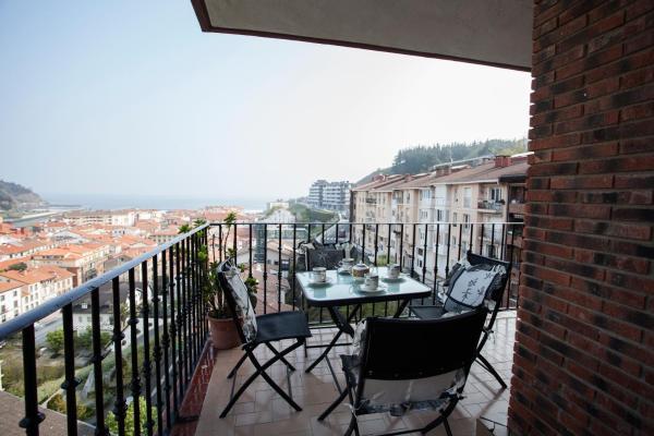 Hotel Pictures: Herri Gain - Basque Stay, Deba