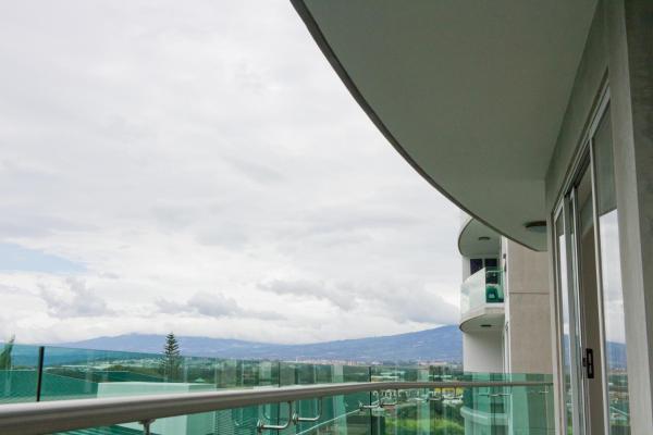Hotel Pictures: Modern 3 Bedroom Apartment, San José