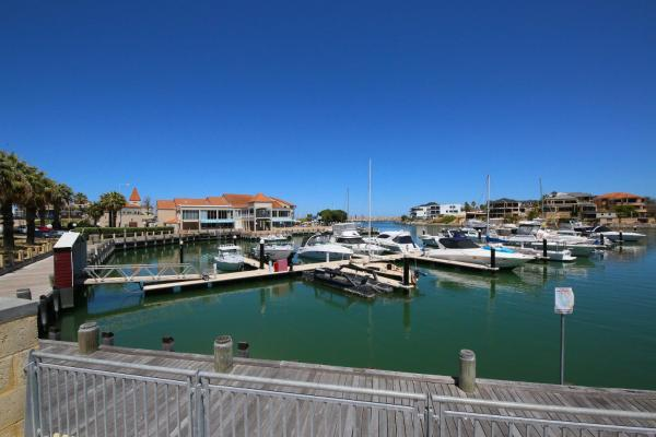 Hotelbilder: Marina Views at Mindarie Marina, Mindarie