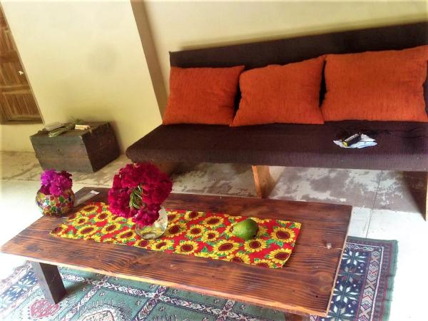 Hotel Pictures: Magnolia Guesthouse, Tape