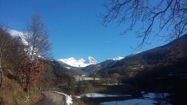 Hotel Pictures: El Conventu de Picos de Europa, Soto