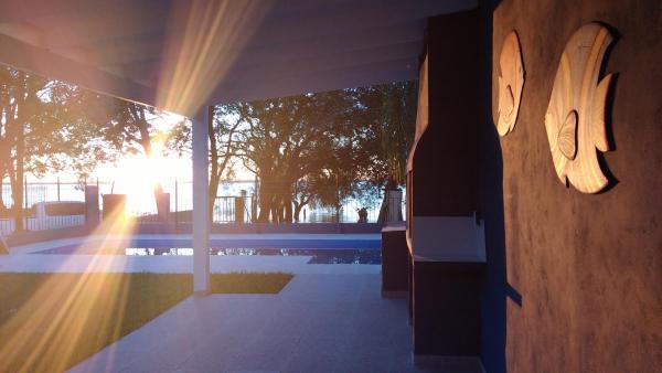 酒店图片: Brisas del Rio-Paso, Paso de la Patria