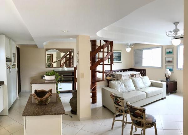 Hotel Pictures: Apartamento Atlântica 850, Caiobá