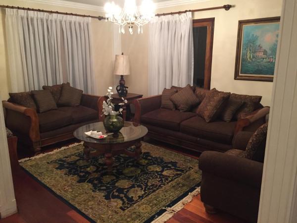 Hotel Pictures: Aranjuez Family Rooms, La Paz