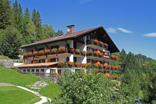 Hotel Pictures: Landhaus Sonnenbichl Mittenwald, Mittenwald