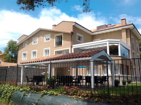 Hotel Pictures: Apartamentos Áncora, Barro de Llanes