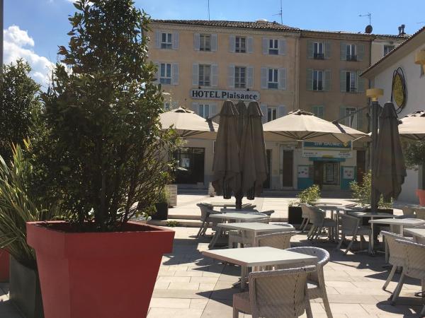 Hotel Pictures: L'Annexe Plaisance, Saint-Maximin-la-Sainte-Baume