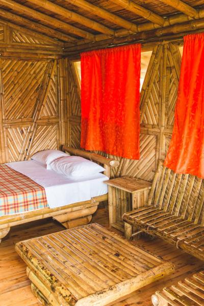 Hotel Pictures: Adriana's Bambu-Lodge, Guatapé