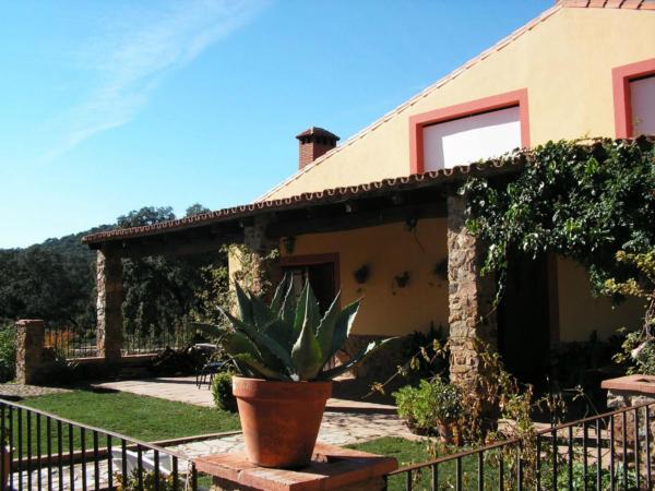 Hotel Pictures: El Capirote I, Cortegana