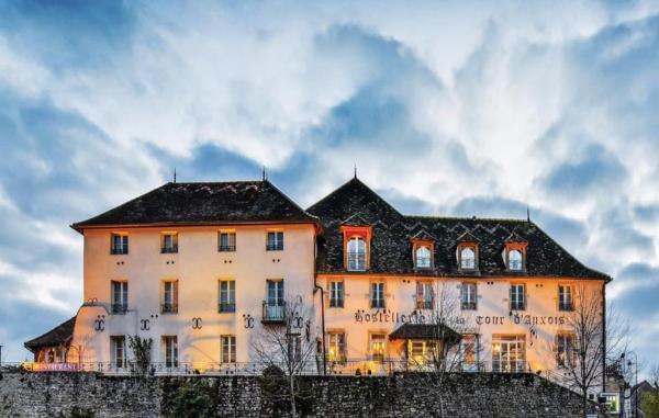 Hotel Pictures: Hostellerie de la Tour d'Auxois, Saulieu